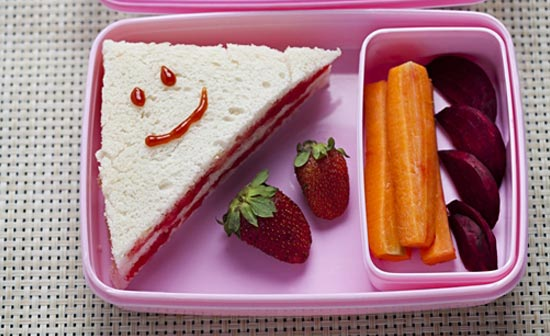 Fun ideas for kids lunch box nestl india fun ideas for kids lunch box forumfinder Images
